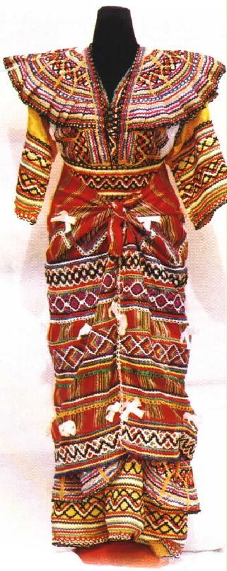 قنادر كتان جزائرية 2015 - موديلات قنادر قبائلية عصرية للاعراس 2014 - Robes kabyles et berbères 2014/2015 Robe_n2_1_
